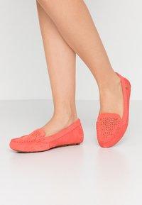 UGG - BEV - Mocassins - pop coral - 0