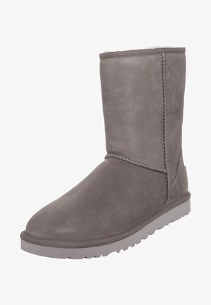 CLASSIC SHORT LEATHER - Winter boots - fea