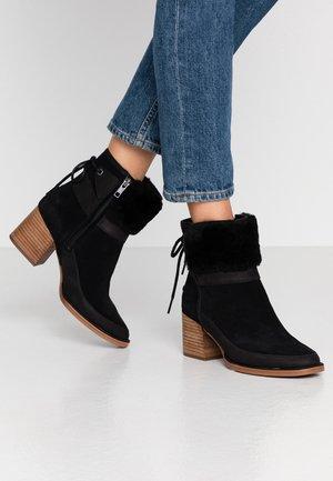 KIRKE - Kotníkové boty - black