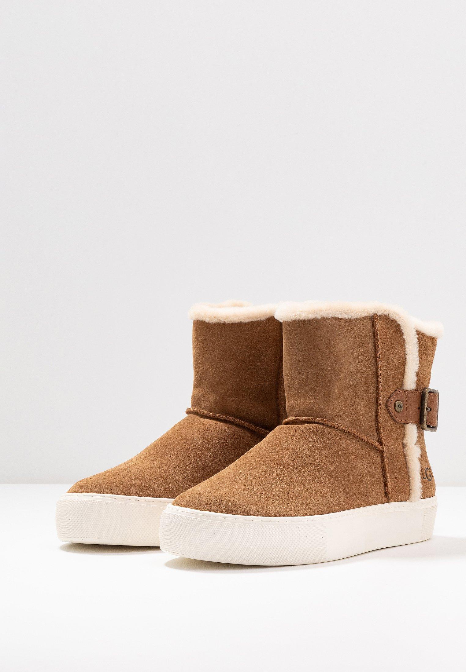Kjøp UGG Classic Mini Ii Seal sko Online | FOOTWAY.no