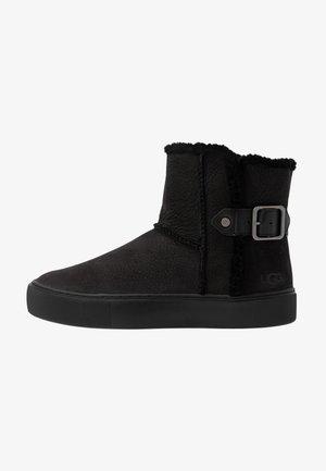 AIKA - Kotníkové boty - black