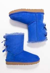 UGG - BAILEY BOW - Classic ankle boots - deep periwinkle - 3