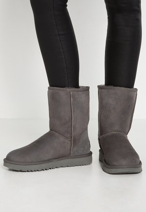 CLASSIC SHORT - Classic ankle boots - grey