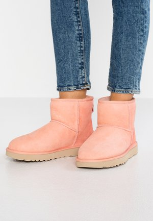 CLASSIC MINI II - Ankle boots - sunset