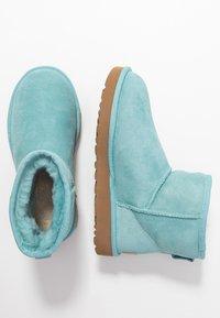 UGG - CLASSIC MINI II - Ankle boots - blue crush - 3