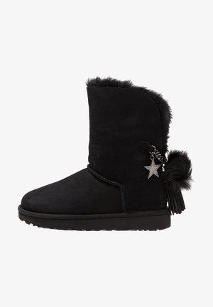 CLASSIC CHARM - Støvletter - black