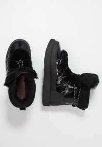 UGG - HIGHLAND WATERPROOF - Vinterstøvler - black - 3