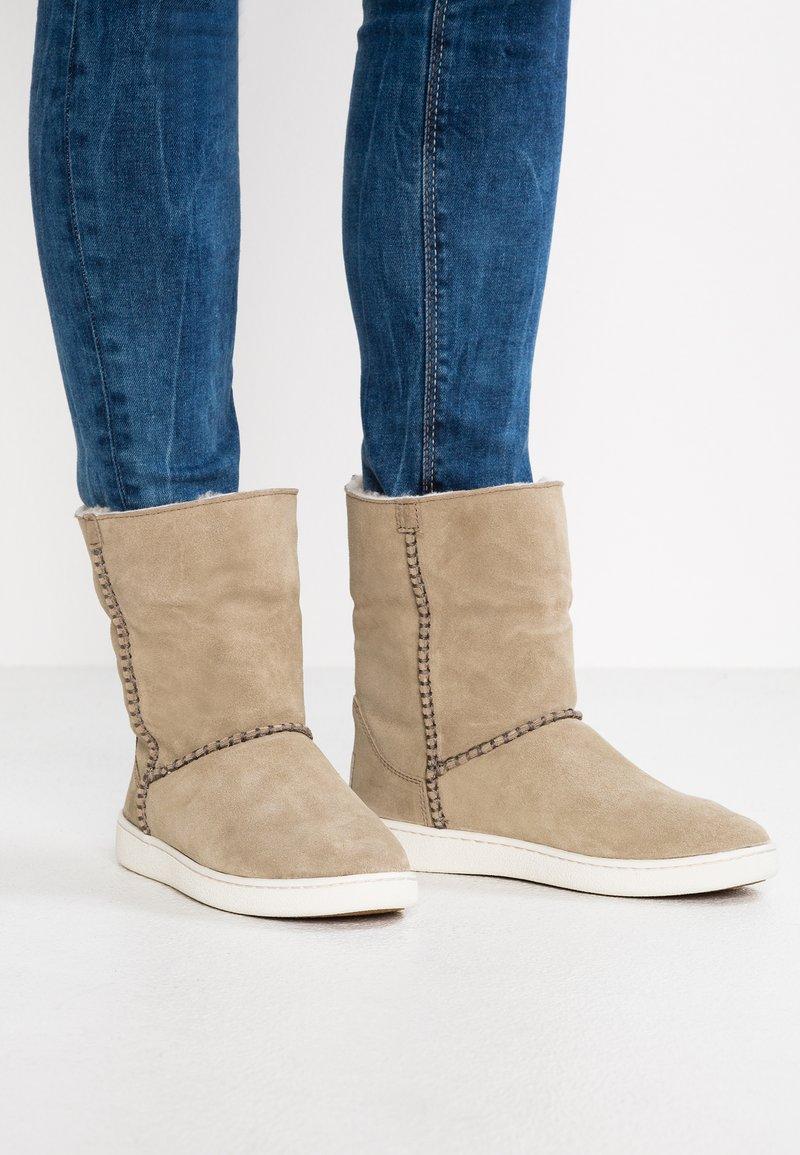 UGG - MIKA CLASSIC - Ankle boots - khaki