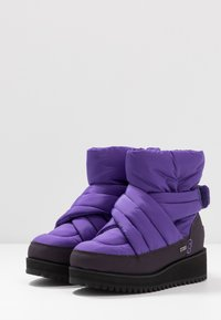 UGG - MONTARA - Zimní obuv - violet bloom - 4
