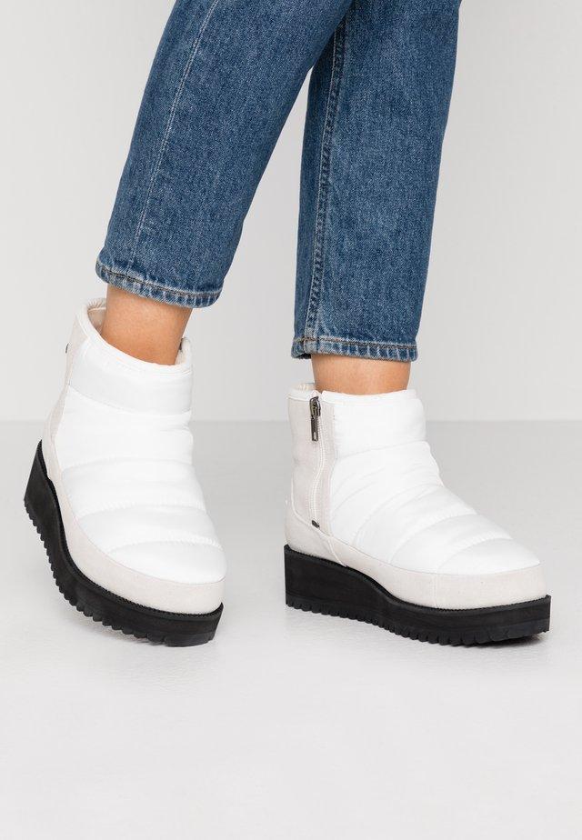 RIDGE MINI - Snowboots  - white