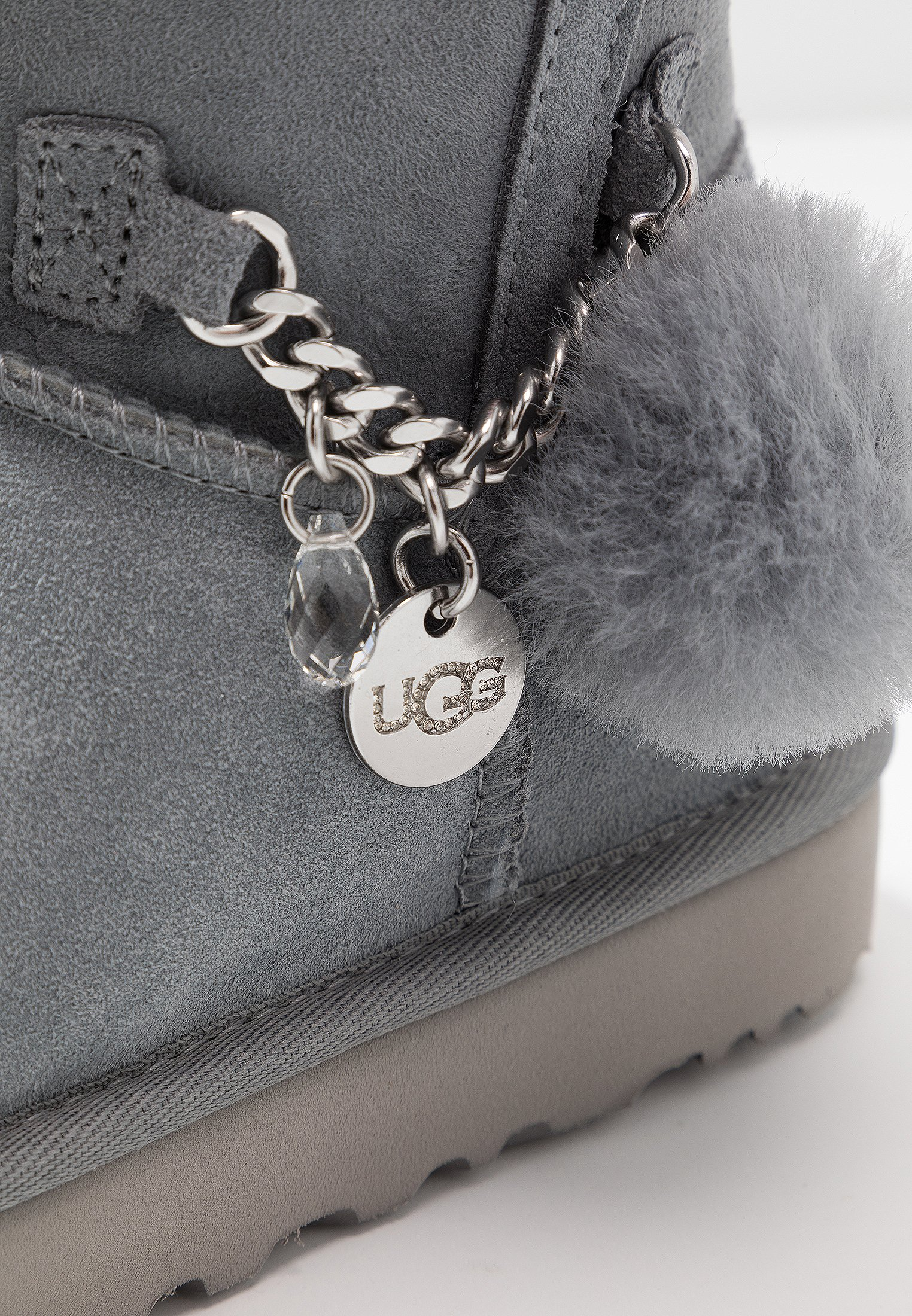 ugg avec chaine