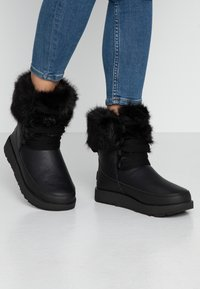 UGG - GRACIE WATERPROOF - Talvisaappaat - black - 0