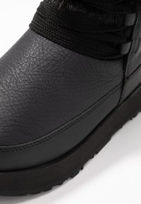 UGG - GRACIE WATERPROOF - Talvisaappaat - black - 2