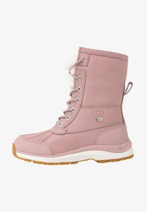 ADIRONDACK III FLUFF - Vinterstøvler - pink