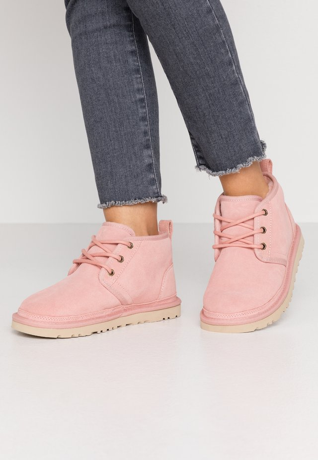 NEUMEL - Ankle boot - light pink