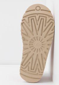 UGG - NEUMEL - Ankle boots - light pink - 6