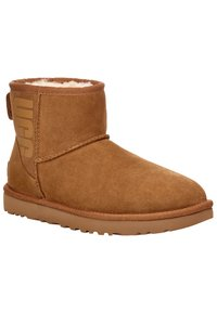 UGG - Winter boots - brown - 4