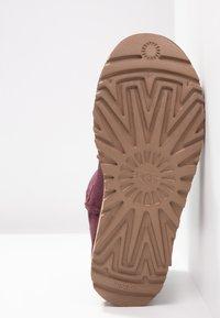 UGG - CLASSIC MINI II - Classic ankle boots - bordeaux - 6