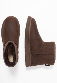 UGG - CLASSIC MINI - Classic ankle boots - brownstone - 3