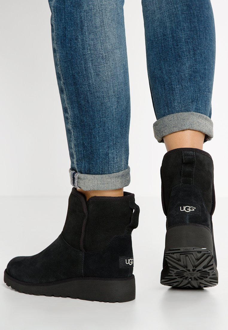 UGG - KRISTIN - Wedge Ankle Boots - black