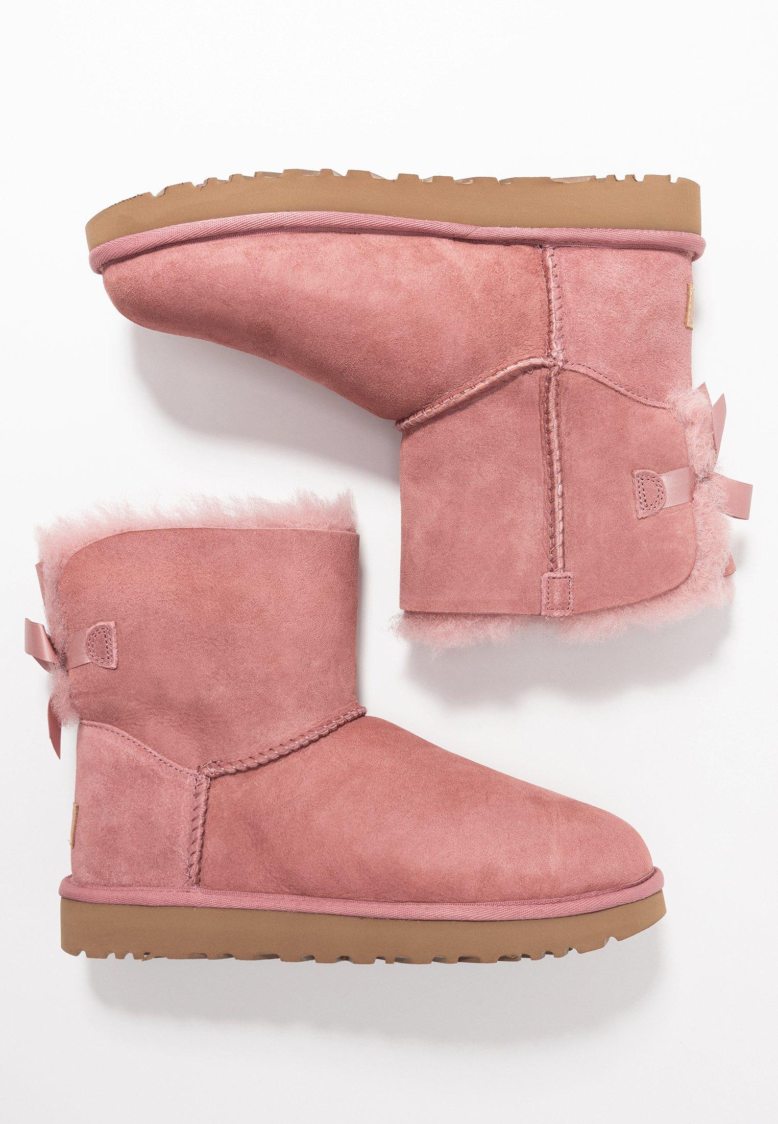 UGG MINI BAILEY BOW - Støvletter - pink