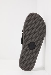 UGG - BROOKSIDE SLIDE - Klapki - black - 4