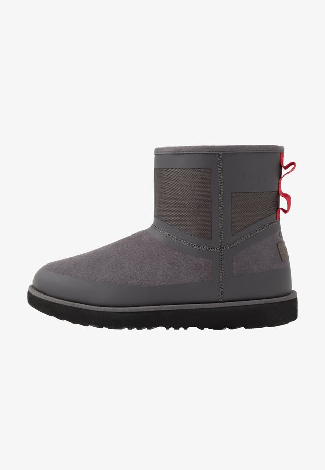 CLASSIC MINI URBAN TECH WP - Classic ankle boots - charcoal