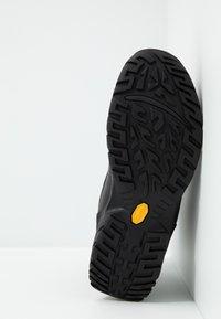 UGG - FELTON - Lace-up ankle boots - black - 4