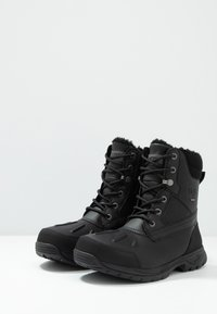 UGG - FELTON - Lace-up ankle boots - black - 2