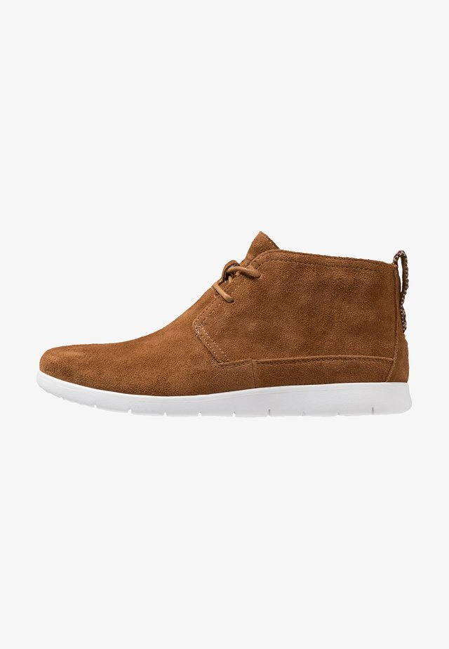 FREAMON - Casual lace-ups - chestnut