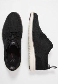 UGG - UNION DERBY HYPERWEAVE - Sneakersy niskie - black - 1