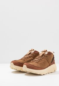 UGG - MIWO TRAINER - Sneakersy wysokie - chestnut - 2