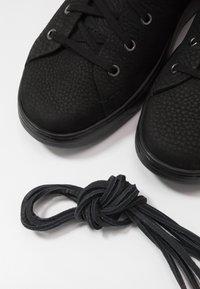 UGG - PISMO  - Sneakersy wysokie - black - 5
