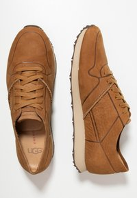UGG - TRIGO UNLINED - Sneaker low - chestnut - 1