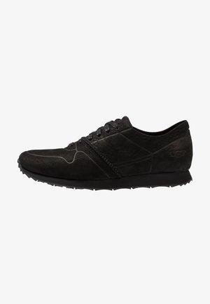 TRIGO UNLINED - Sneakersy niskie - black