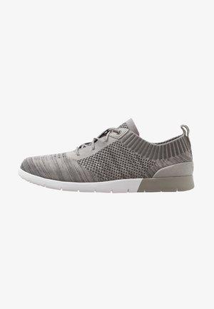 FELI HYPERWEAVE 2.0 - Sneakersy niskie - sel