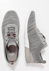 UGG - FELI HYPERWEAVE 2.0 - Sneakersy niskie - sel - 1