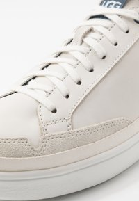 UGG - SOUTH BAY  - Sneakers laag - white - 5