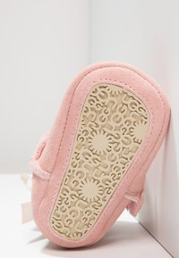 UGG - JESSE BOW II - First shoes - baby pink - 4