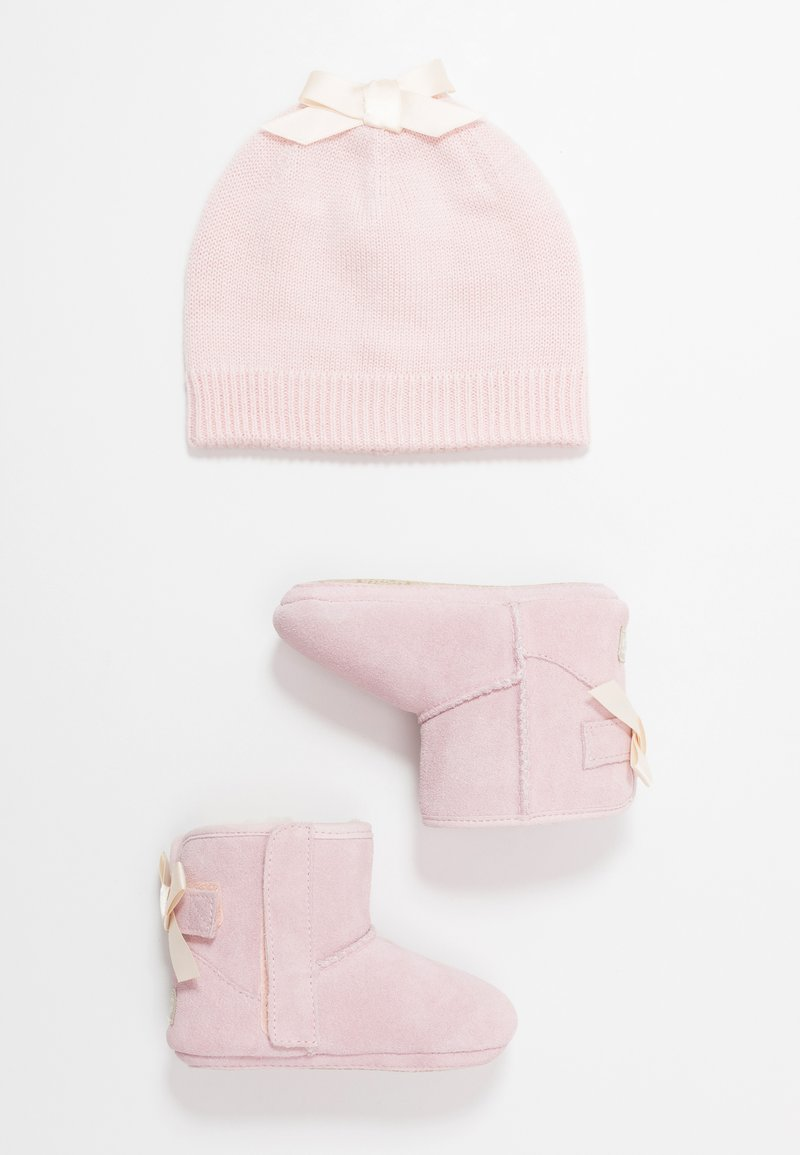 UGG - JESSE BOW & BEANIE SET - Baby gifts - baby pink