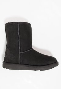 UGG - CLASSIC II - Korte laarzen - black - 1