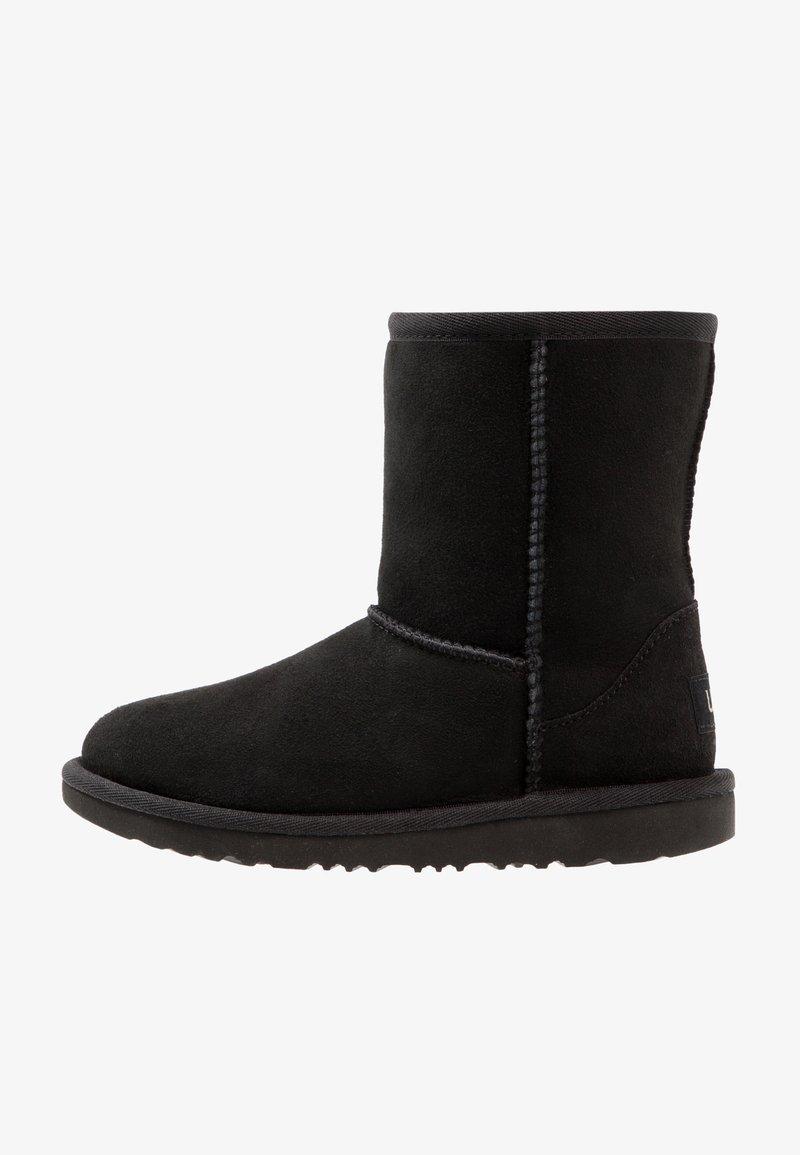 UGG - CLASSIC II - Korte laarzen - black