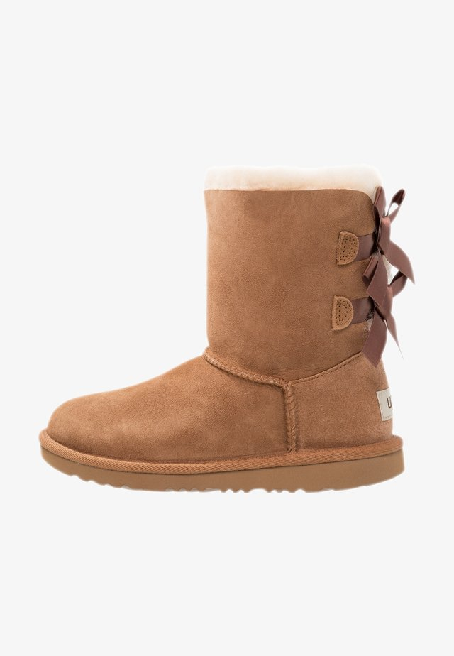 BAILEY BOW II - Lace-up ankle boots - chestnut