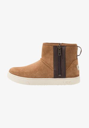ADLER - Classic ankle boots - chestnut