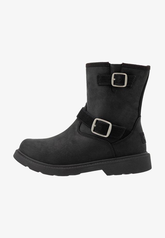 KINZEY - Cowboy/biker ankle boot - black
