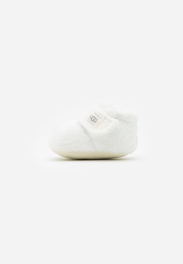 BIXBEE AND LOVEY - Babyschoenen - vanilla
