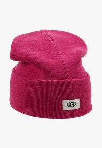 UGG - CUFF HAT - Beanie - fuchsia - 1