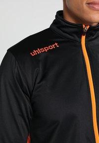 Uhlsport - ESSENTIAL CLASSIC - Tracksuit - schwarz/fluorescent orange - 5