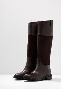 UMA PARKER - Høje støvler/ Støvler - brown - 4