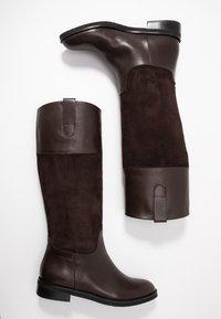 UMA PARKER - Høje støvler/ Støvler - brown - 3